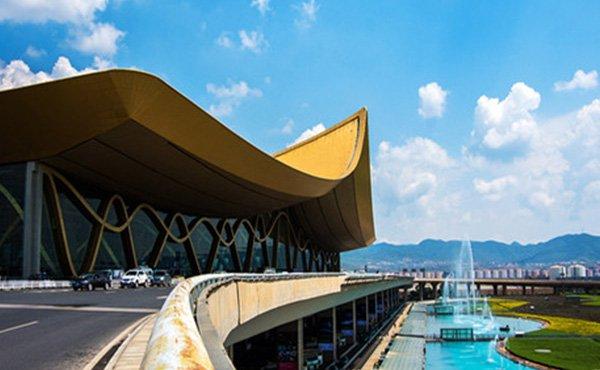 中國昆明機場太空艙酒店